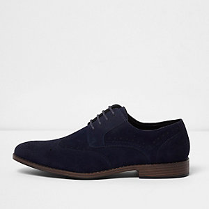Marineblaue Brogues