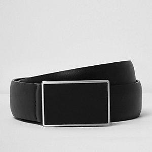 Black plate front belt
