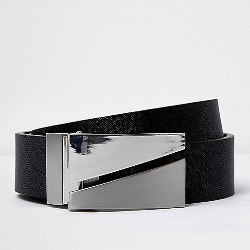 Black split plate reversible belt