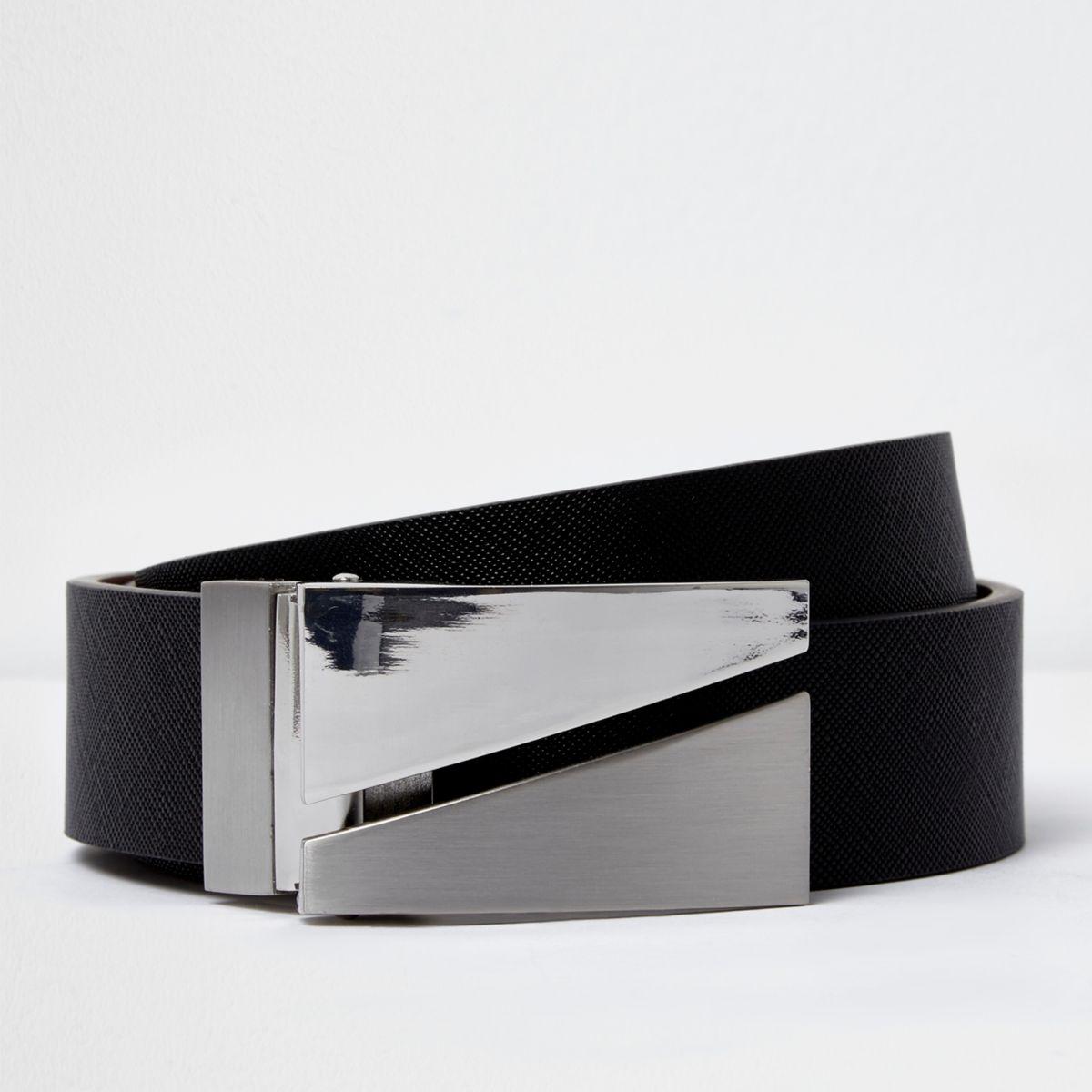 Zwarte aan twee zijden draagbare riem met gesplitste gemetalliseerde gesp