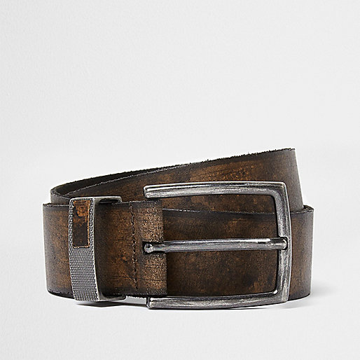 Brown distressed leather buckle belt