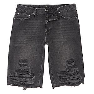 Short en jean déchiré à délavage noir