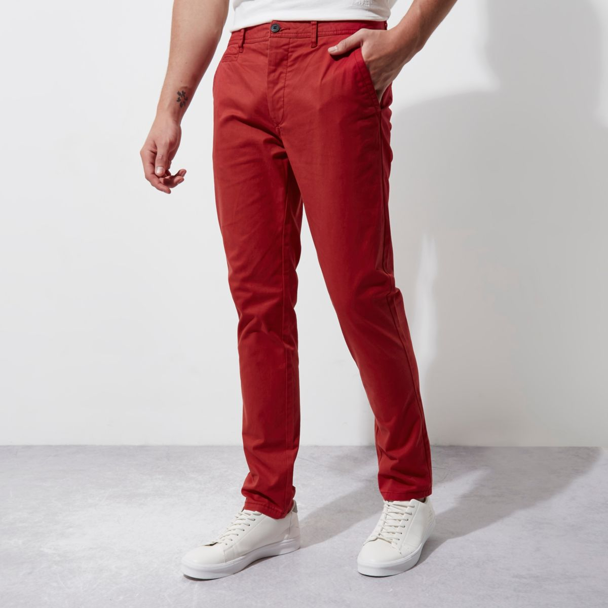 Red skinny chino pants