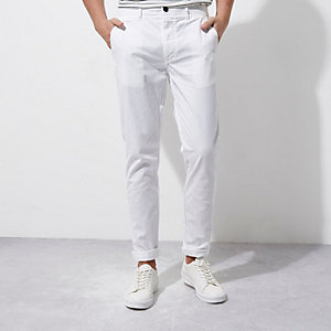 White skinny chino pants