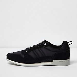 Black retro runner sneakers
