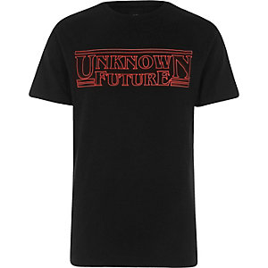 "Schwarzes T-Shirt ""Unknown Future"""