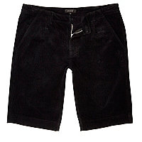 Schwarze Slim Fit Shorts