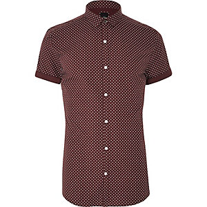 Burgundy polka dot short sleeve shirt