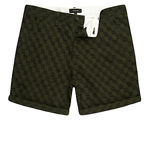 Dark green textured slim fit chino shorts
