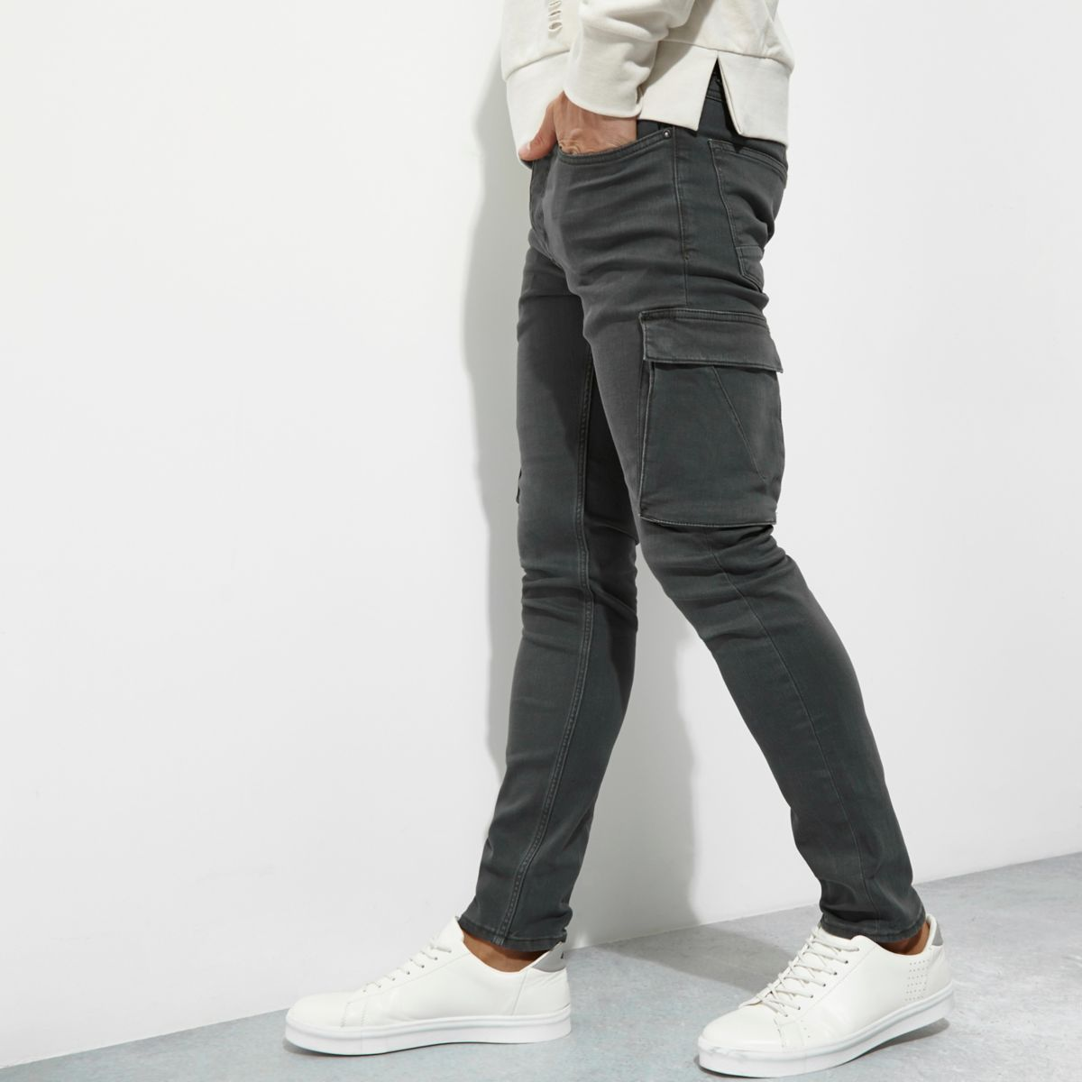 Find skinny cargo pants at Macy's Macy's Presents: The Edit - A curated mix of fashion and inspiration Check It Out Free Shipping with $49 purchase + Free Store Pickup.