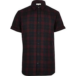 Chemise à carreaux rouges manches courtes
