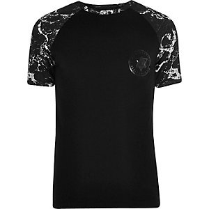 T-shirt ajusté noir à manches raglan