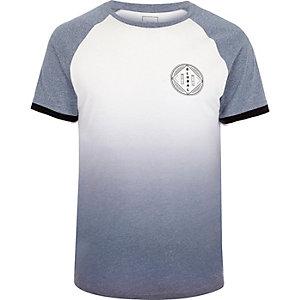 Wit met blauw T-shirt met kleurverloop, raglanmouwen en 'global'-print