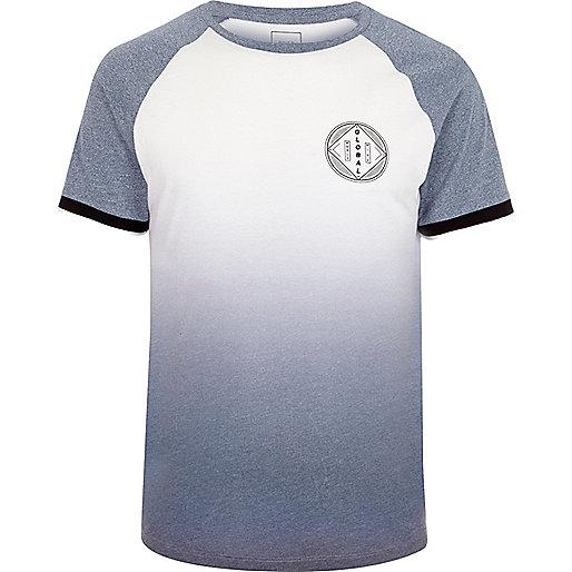 White blue fade 'global' print raglan T-shirt