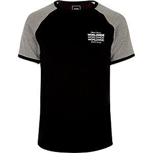 Zwart T-shirt met korte raglanmouwen en 'worldwide'-print