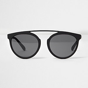 Black rubberised brow bar round sunglasses