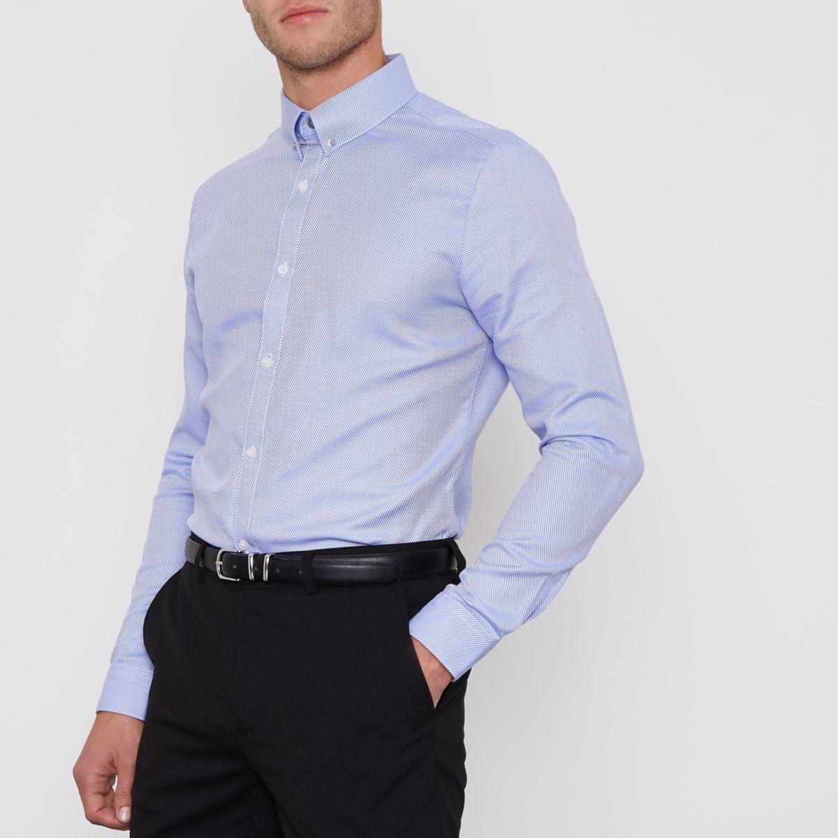 Blauw gestreept slim-fit overhemd met balkje in de kraag