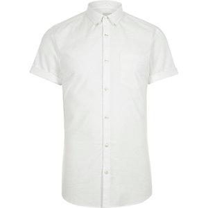 Wit aansluitend Oxford overhemd met korte mouwen