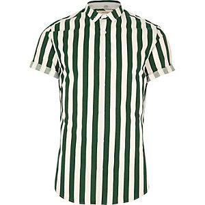 Dunkelgrünes Slim Fit Kurzarmhemd mit Streifen