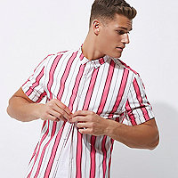 Pink stripe print slim fit short sleeve shirt