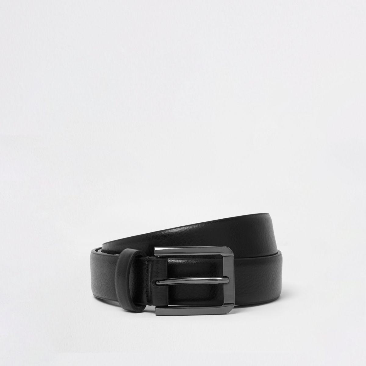 Schwarzer eleganter Gürtel