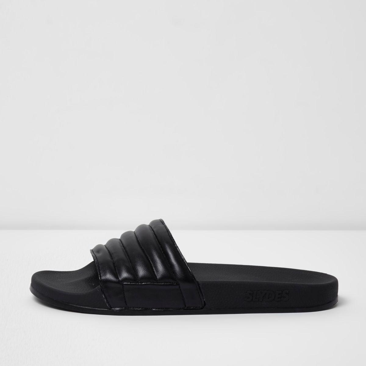 Slydes - Zwarte gewatteerde slippers