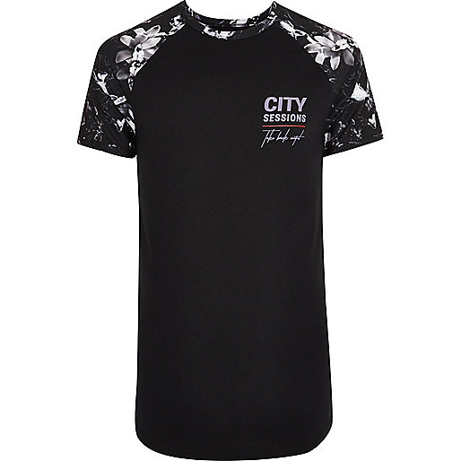 Black mono floral raglan muscle fit T-shirt