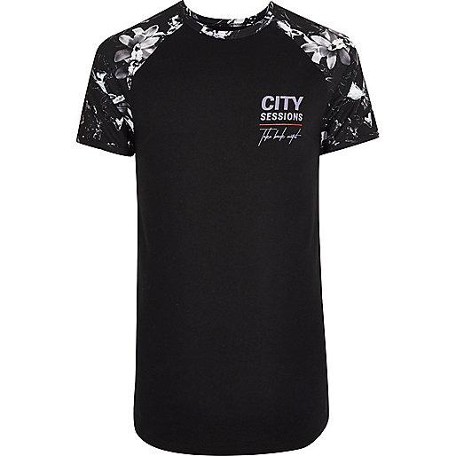 Black mono floral raglan muscle fit T-shirt