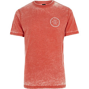 "Rotes Slim Fit T-Shirt ""Revolution"""