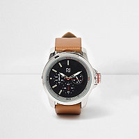 Tan strap contrast round face watch