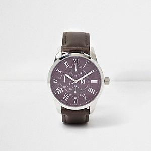 Montre à cadran rond violet et bracelet marron