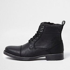 Zwarte hoge veterschoenen met neusstuk