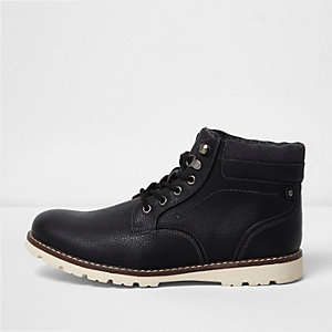 Black lace-up contrast sole work boots