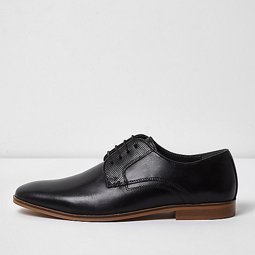 Black leather lace-up formal shoes