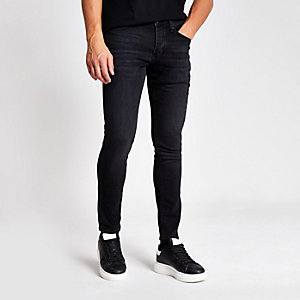 Skinny Jeans in schwarzer Waschung