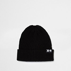 Black ribbed fisherman beanie hat