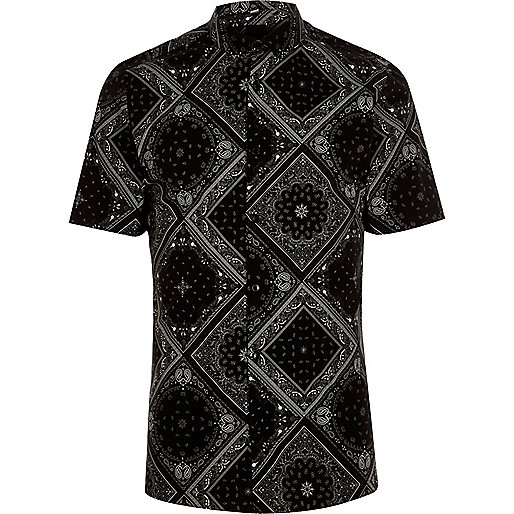 Black bandana skinny fit short sleeve shirt