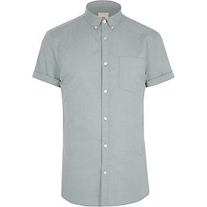 Grijs aansluitend overhemd met korte mouwen