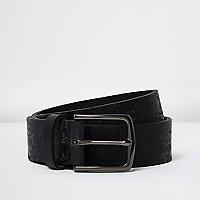 Schwarzer Ledergürtel mit Camouflage-Muster