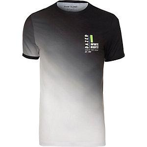T-shirt ajusté imprimé délavé blanc et noir