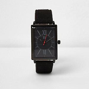 Schwarze, rechteckige Armbanduhr