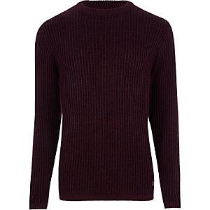 Bordeauxrode geribbelde aansluitende gebreide pullover