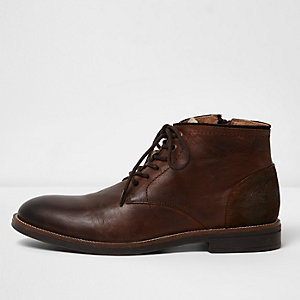 River Island Mens Dark leather eyelet desert boots