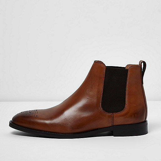 Tan brown leather chelsea boots