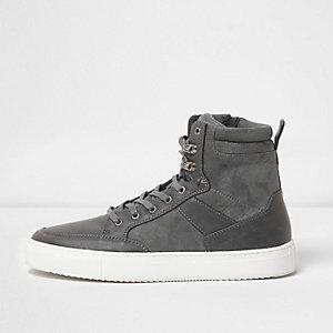 Grijze hoge vetersneakers met contrasterende zool