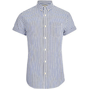 Big & Tall – Blaues, gestreiftes Kurzarmhemd