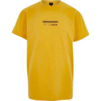 Geel casual T-shirt met end game'-print