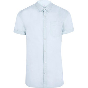 Light blue muscle fit short sleeve shirt