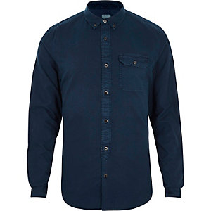 Donkerblauw washed slim-fit overhemd met button-down kraag