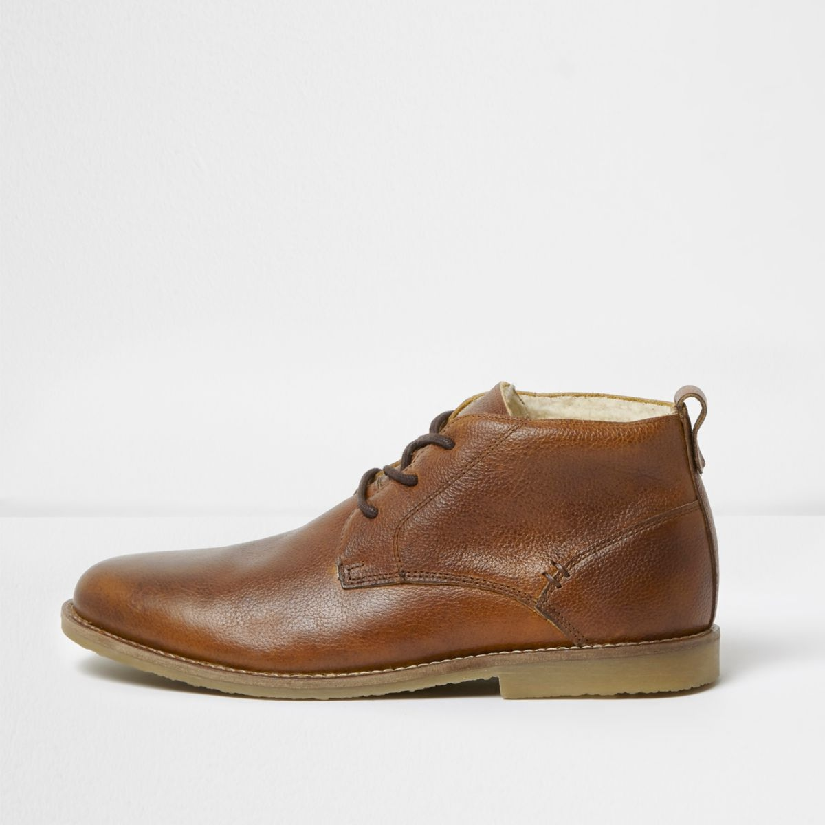 Tan leather fleece lined desert boots